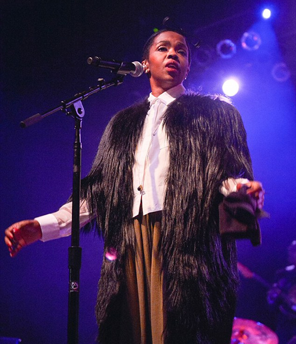 Lauryn Hill Returns To The Stage With Faux Fur Coat And