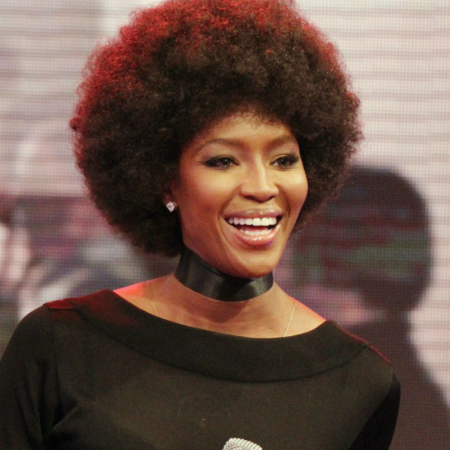 naomi campbell says prince inspired her afro