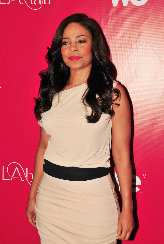 Sanaa Lathan S Beautiful Style And Haircare Tips