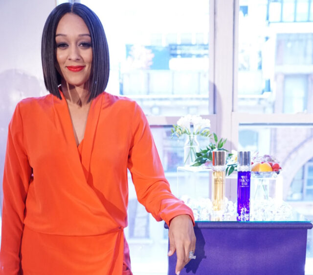 Tia Mowry | White Diamonds Lustre
