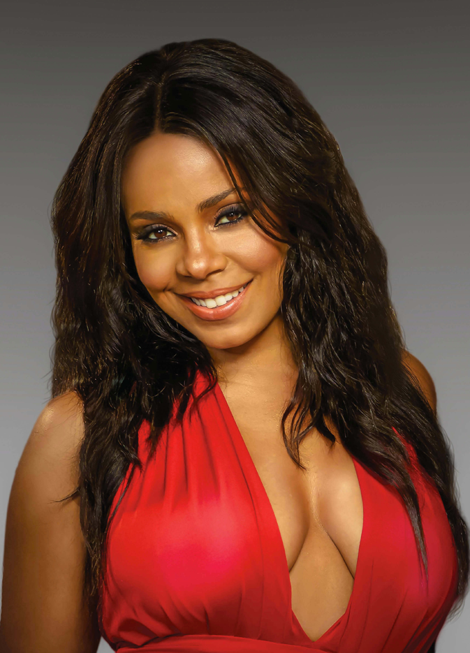 Cover Story Sanaa Lathan Talks Natural Hair Amp Bringing