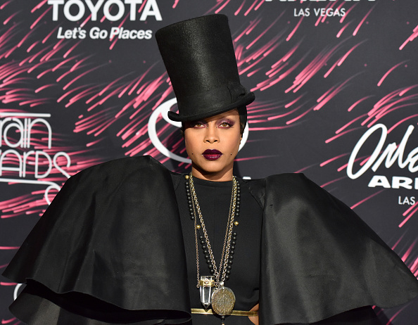Erykah Badu X 2015 Soul Train Music Awards
