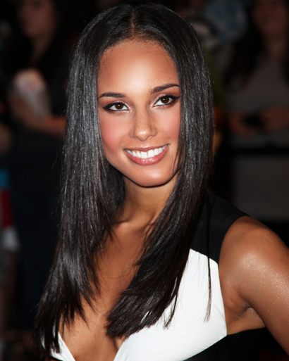 9 Alicia Keys Hairstyles You Can Totally Do Yourself