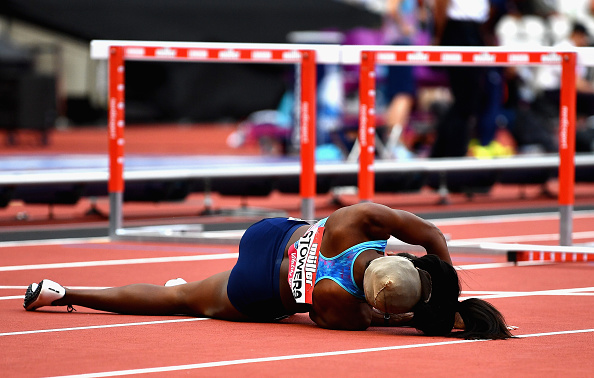 Hurdler Jasmin Stowers Loses Wig While Falling During Race