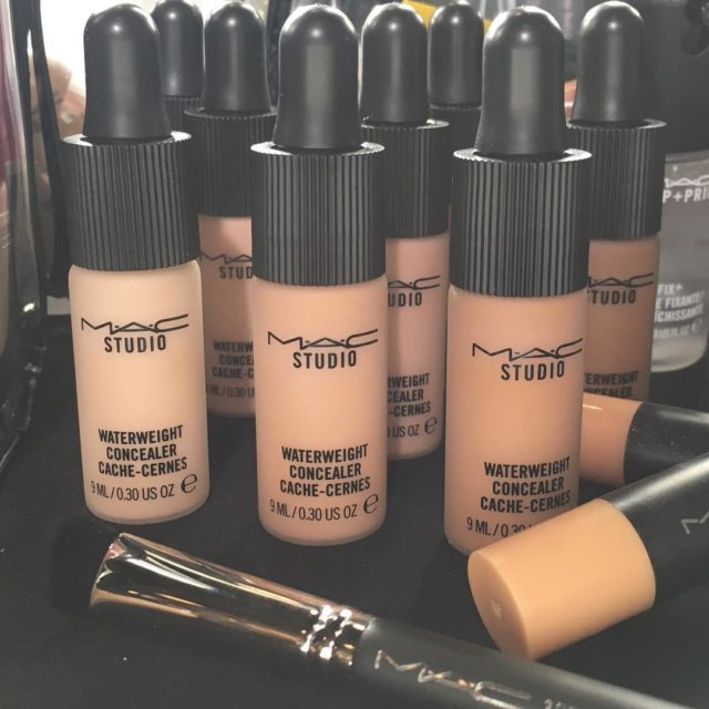 MAC Waterweight Concealer