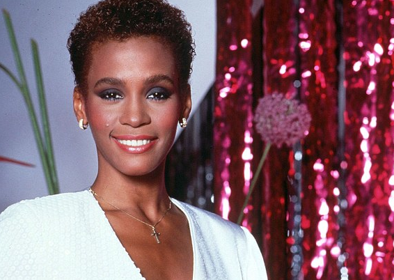 Hair Crush Whitney Houston S Best Hair Moments