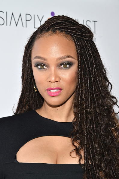 Do Or Don T Tyra Banks Debuts Faux Locs