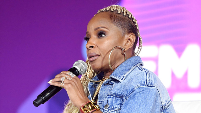 Mary J Blige S Braided Do Stole The Show At 2017 Essence